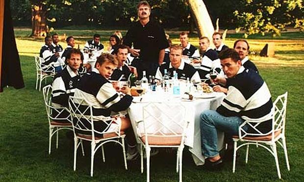 Dutch-UEFA-Euro-1996-Team-007